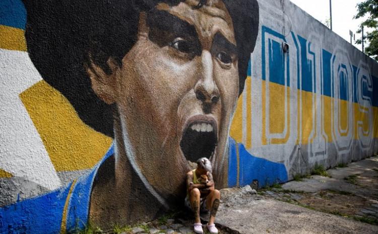 Mural Maradone