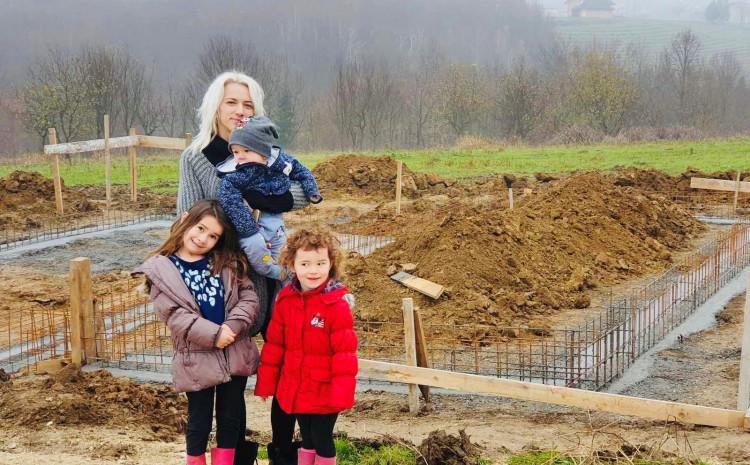 Semiha Softić sa djecom