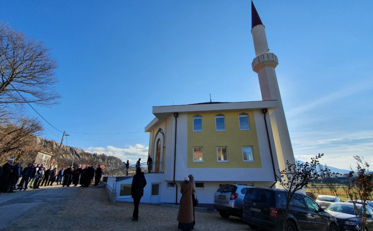 Džamija otvorena je jučer u Mandinom Selu kod Tomislavgrada