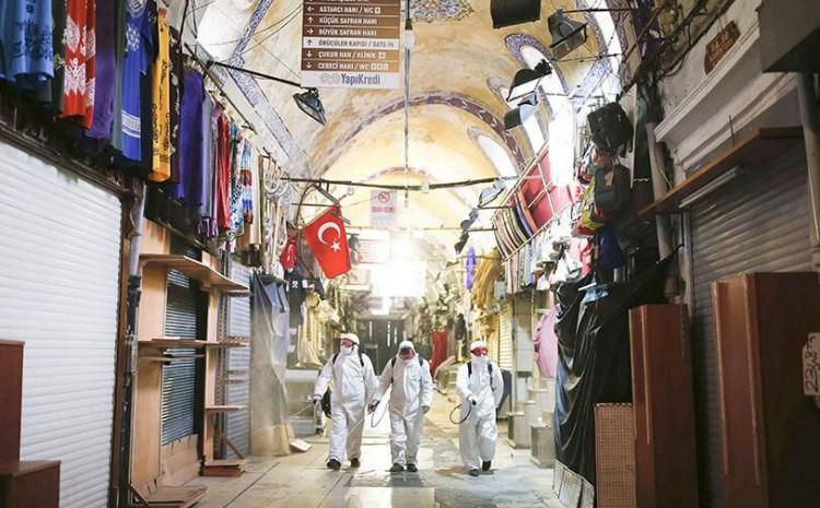 Turska uvodi policijski sat