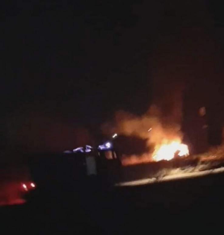 Građani snimili zapaljeno vozilo