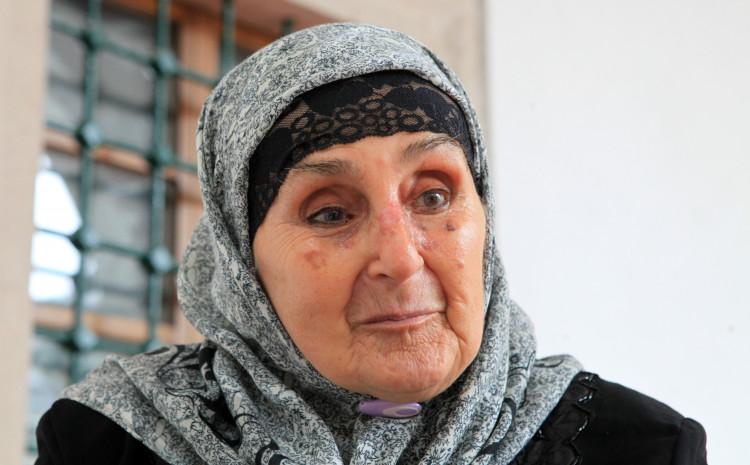 Jahić: Na sabah u Begovu džamiju išla svako jutro od 1957. godine