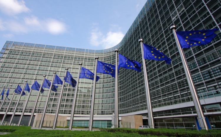 Komisija poziva zemlje članice da pripreme strategiju za vakcinisanje