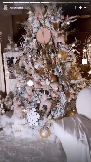 Pogledakte kako je Jelena Karleuša okitila kuću za Novu godinu