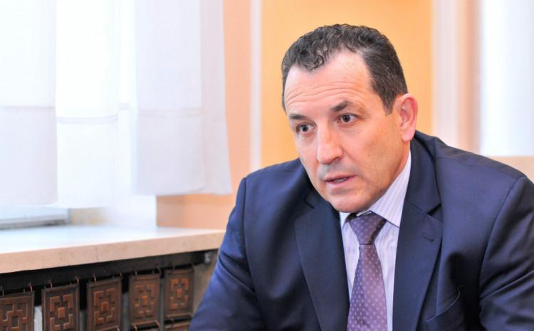 Ministar sigurnosti BiH Selmo Cikotić