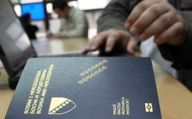 Na današnji dan građanima BiH ukinute vize