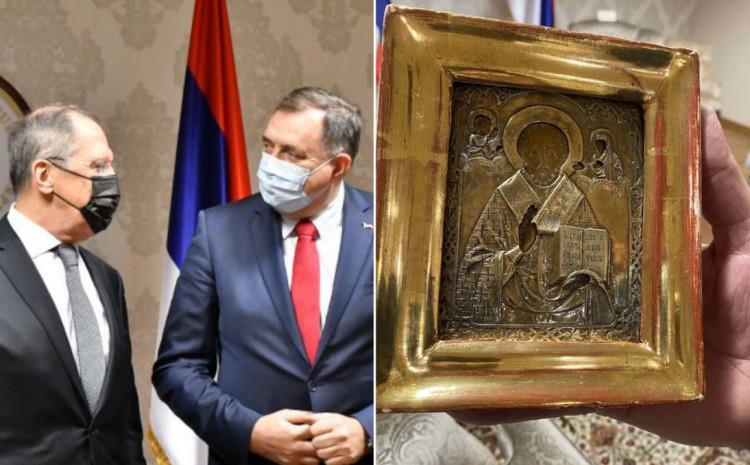 Dodik poklonio ikonu Lavrovu