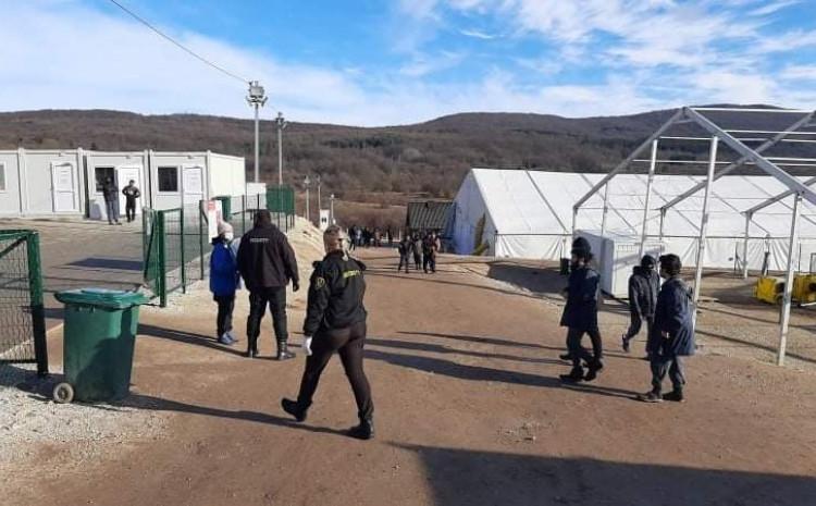 Kamp Lipa: Neizvjesnost produžena do ponedjeljka