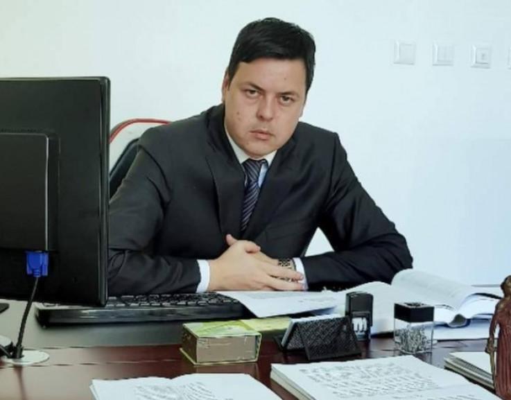 Tuzlanski advokat Bakir Hećimović: Određen pritvor u odsustvu
