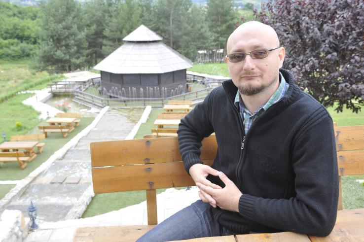 Kahrimanović: Traženje izlaza