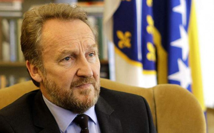 Izetbegović: All the lies of the dynastic chief