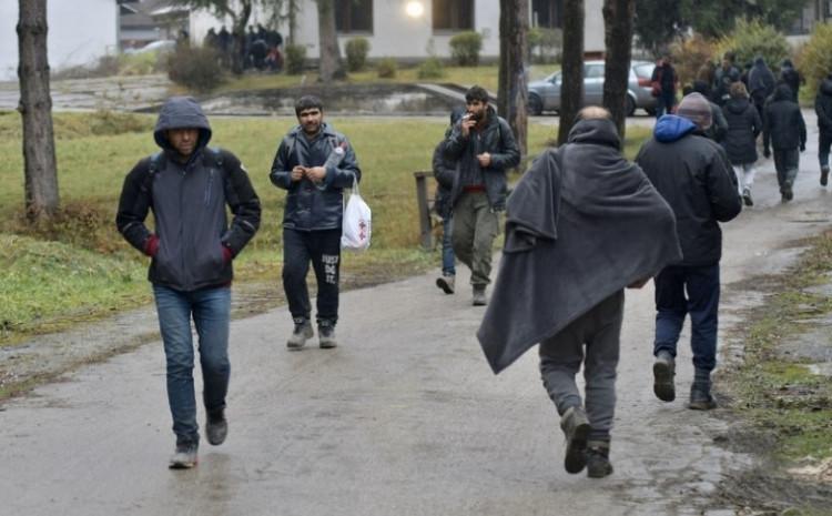 Blažuj: U kampu oko 3.000 migranata
