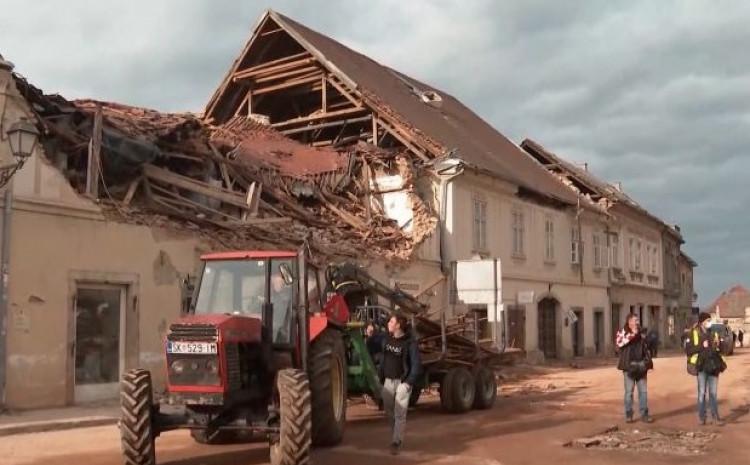Zemljotres razorio Petrinju