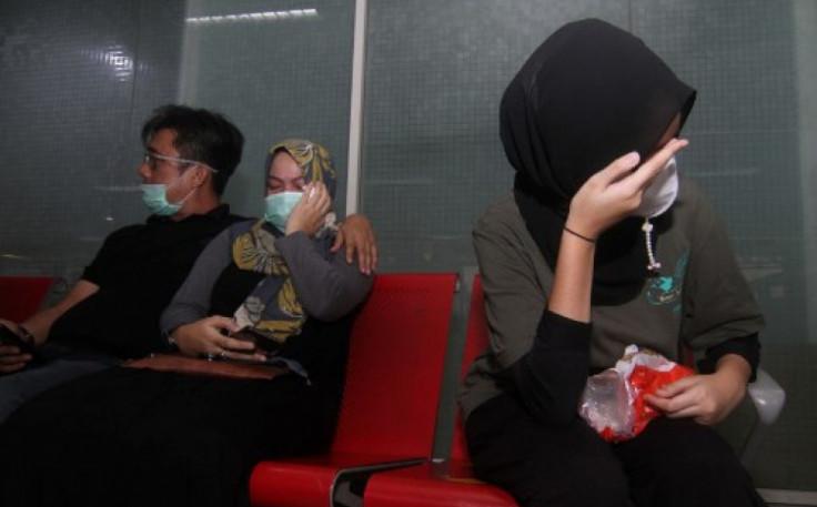 Sa aerodroma u Džakarti: Članovi porodica čekaju vijesti o svojim najmilijima