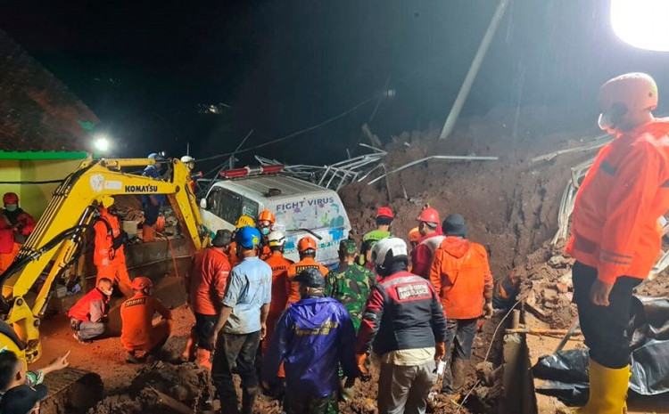Klizište u Indoneziji odnijelo najmanje 11 života
