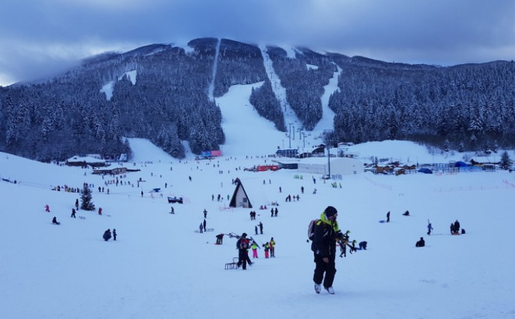 Skijanje, sankanje, šetnja i generalno boravak na čistom vazduhu izvor fizičkog i psihičkog zdravlja