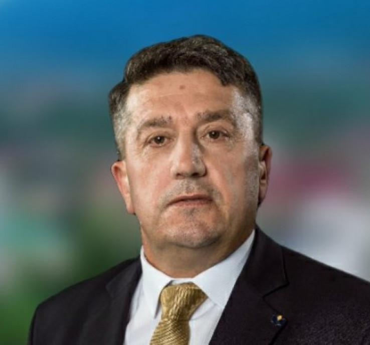 Kazić je bio dugogodišnji uposlenik MUP-a KS