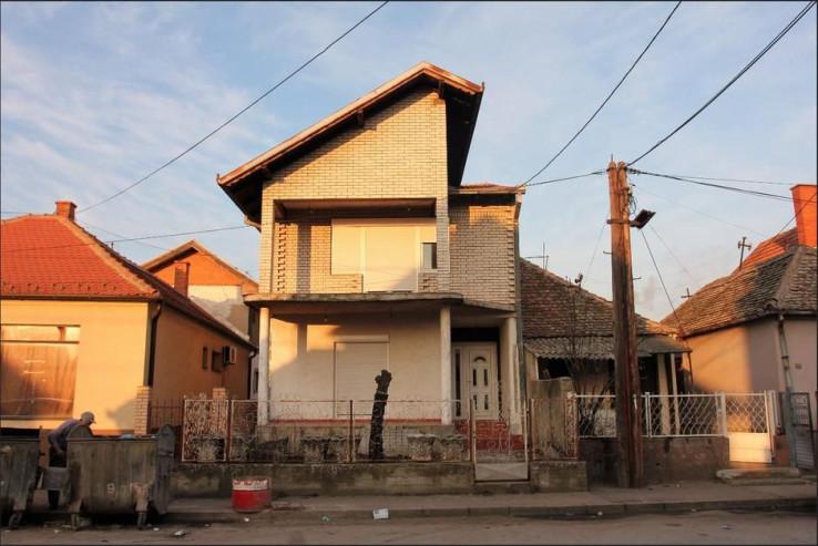 Kuća Šabana Šaulića potpuno oronula