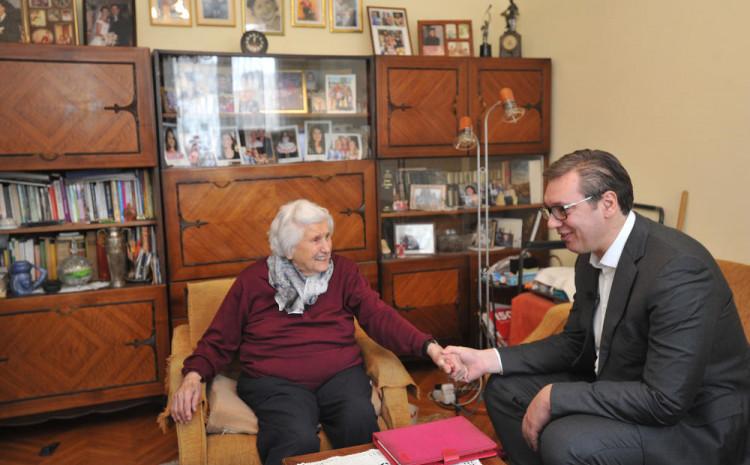 Vučić je prošle godine za rođendan posjetio Pavlović