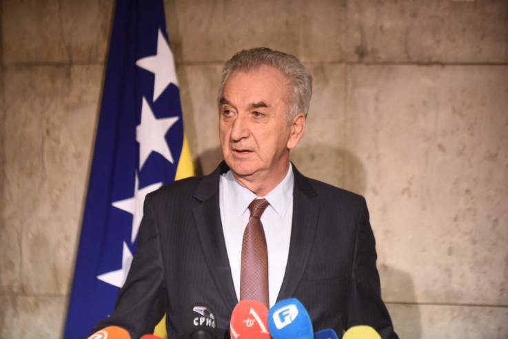 Šarović: Ohrabriti građane da isto učine