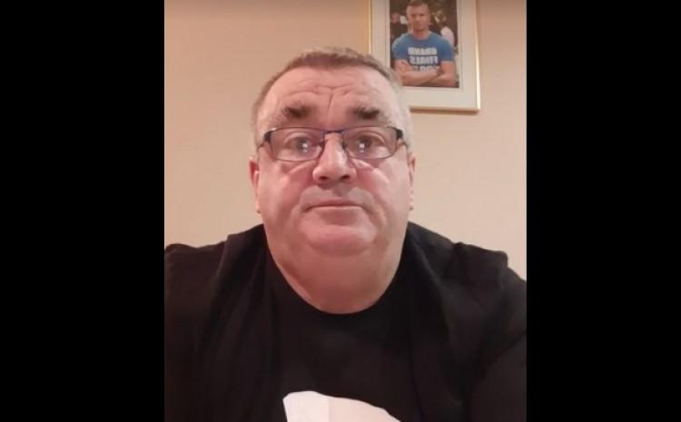 Muris Memić se obratio večeras putem društvenih mreža
