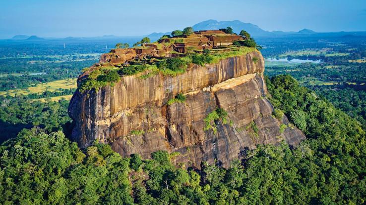 Stijena je visoko oko 200 m