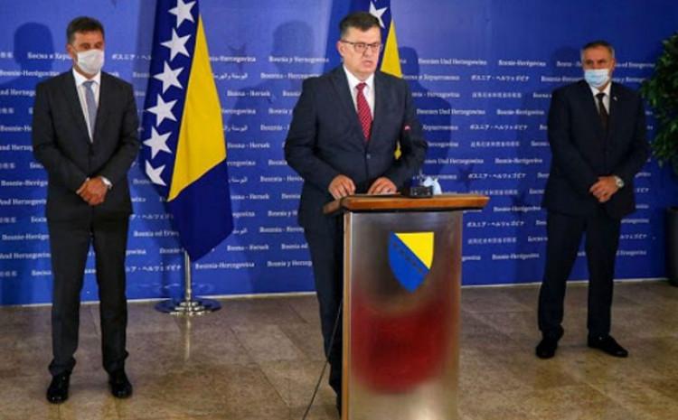 Novalić, Tegeltija i Višković: Danas održali sastanak