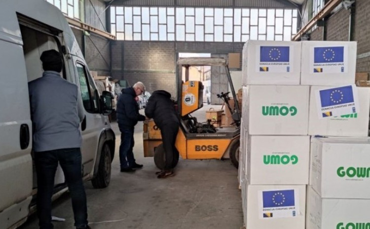 Delegation of the European Union in B&H delivered a total of 253,725 surgical masks, N95 / FFP2 protective masks and protective gowns