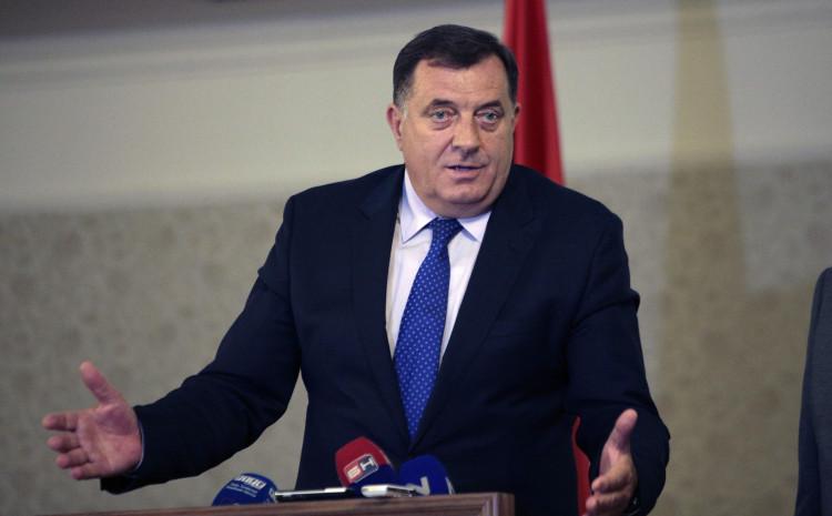 Dodik: Vrijeđao članicu CIK-a Vanju Bjelicu-Prutinu