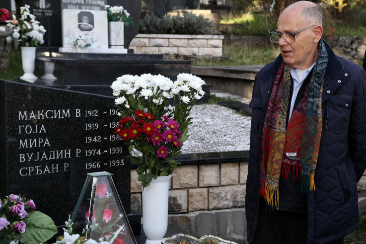 Rade Aleksić: Grob obilaze znani i neznani