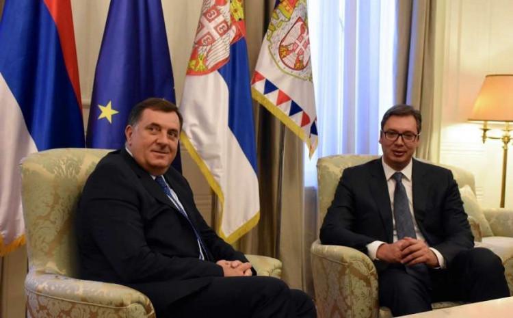 Dodik kaže da nema promjene u ličnim odnosima sa Vučićem