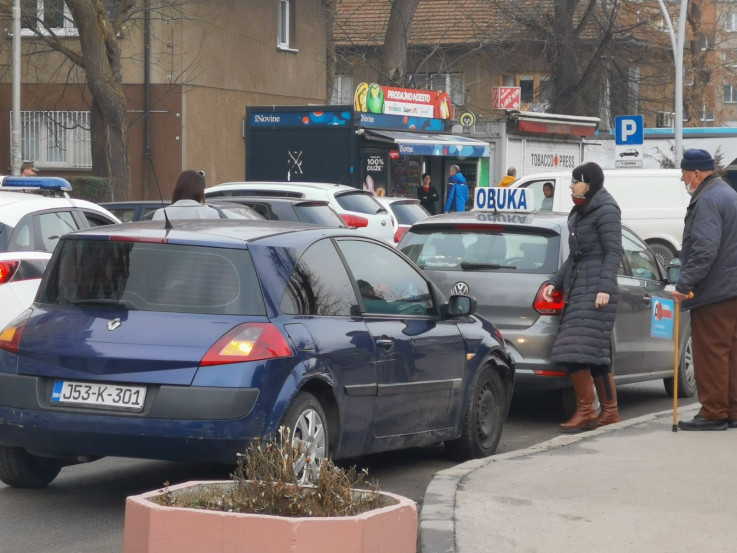 Renault udario automobil autoškole