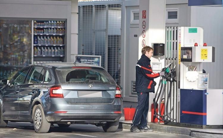 Trenutna prosječna cijena za benzin iznosi 1,96 KM, a za dizel 1,94 KM
