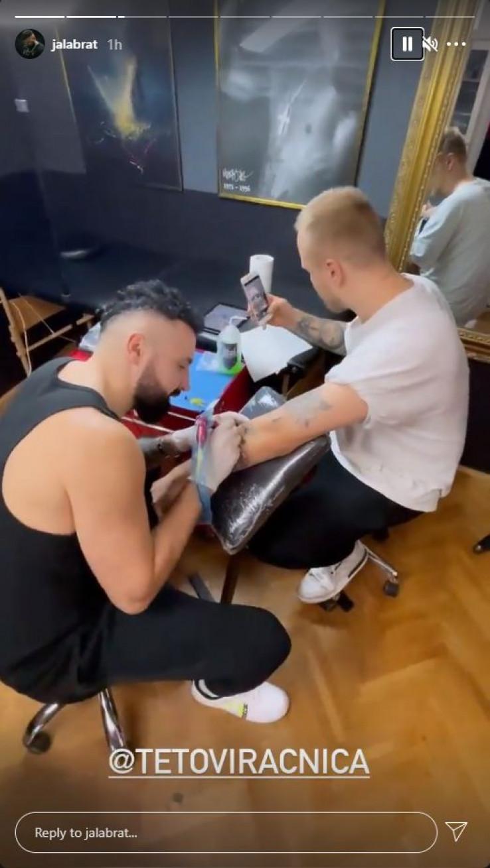 Jala Brat se počeo baviti tetoviranjem