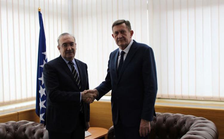 Amabasador Koc i ministar Mijatović sastali se danas u Sarajevu