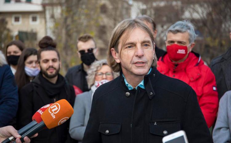 Kojović: Ponosan na članice