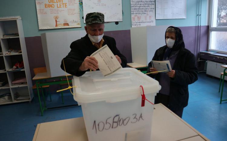 Sa biračkom mjesta u Srebrenici