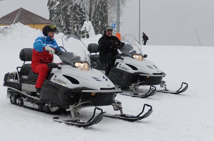 Dok su širom Bjelorusije demonstracije, Lukašenko skija s Putinom W873