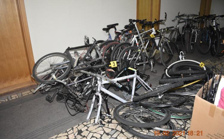 U stanu pronađeno 20 bicikala