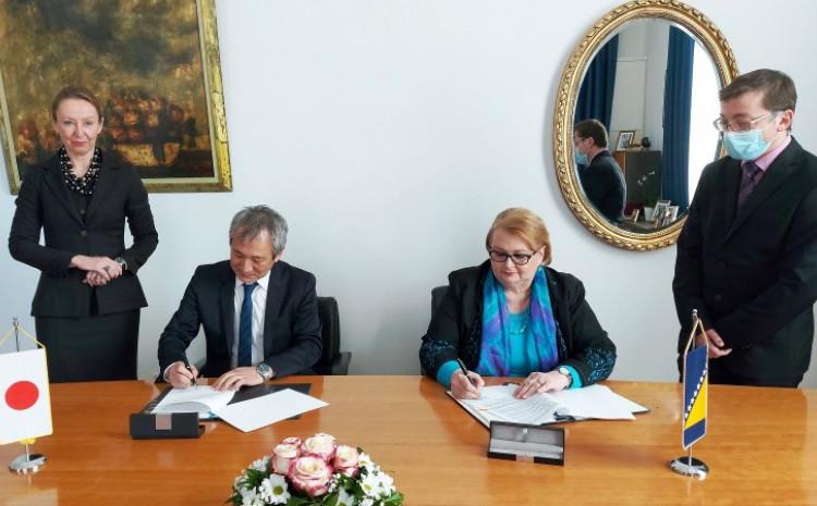 Sa današnjeg potpisivanja sporazuma