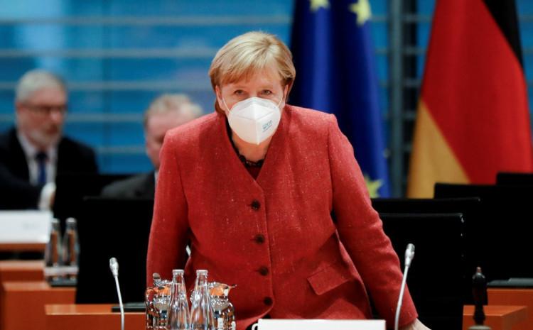 Merkel: Ne možemo sebi priuštiti nagle skokove