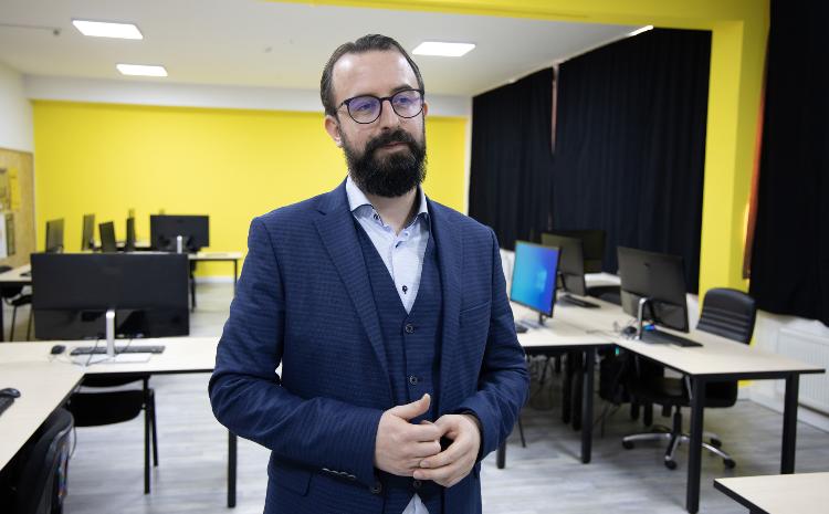 Na Internacionalnom Burch univerzitetu svečano otvoren PC lab