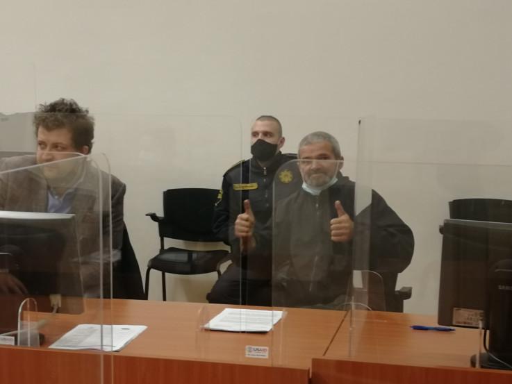 Tabaković u sudnici: Podigao palčeve