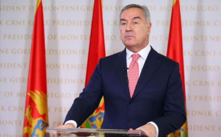 Đukanović: Preminulo više od hiljadu građana Crne Gore