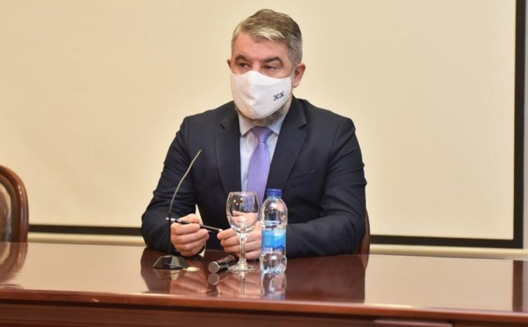 Šeranić:  Poznato je da su novi sojevi virusa mnogo više zarazniji