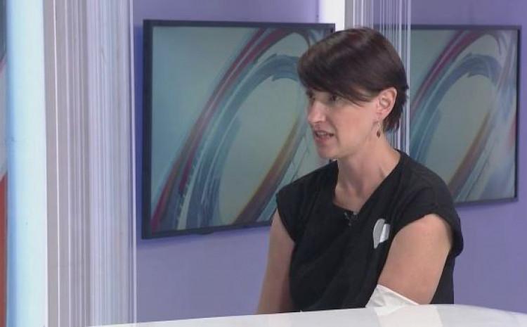 Ahmetašević je govorila o traumatičnim satima provedenim u MUP-u KS