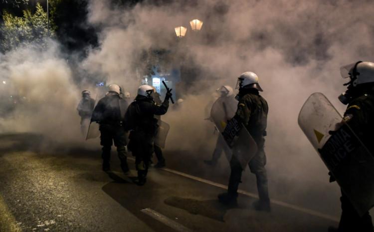 Policajci intervenirali