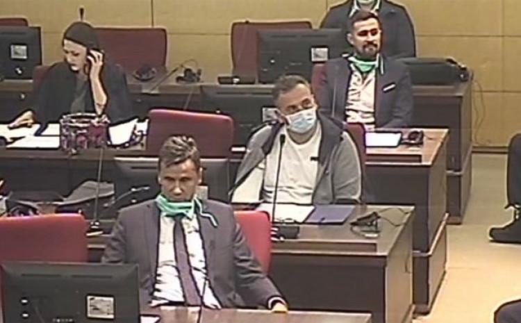 Novalić, Solak i Hodžić: Optuženi za nabavku respiratora