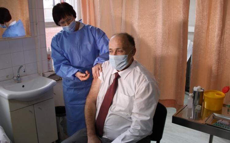 Jupić: Siguran sam da će se povećati broj zdravstvenih radnika, koji će svojim primjerom ukazati na značaj vakcinacije