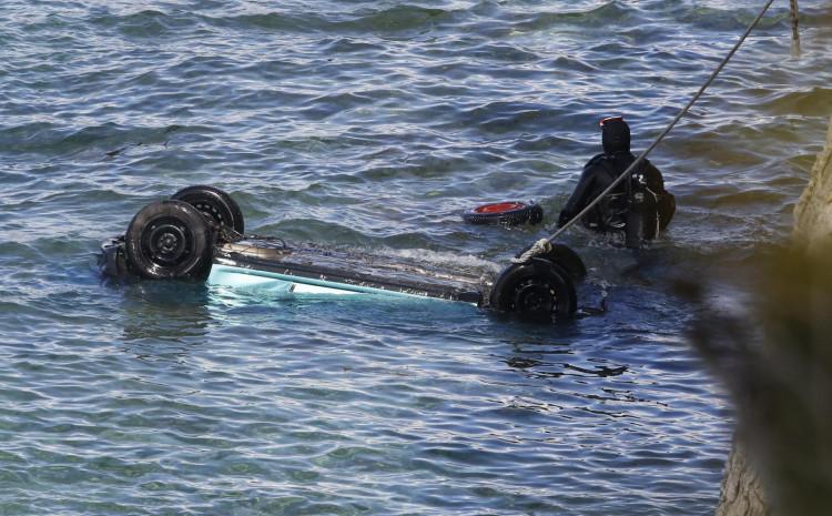 Automobil sletio jutros u more